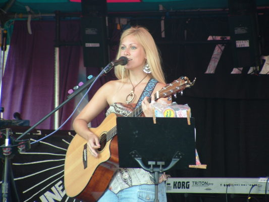 Candice Jarrett performing at The New York State Fair